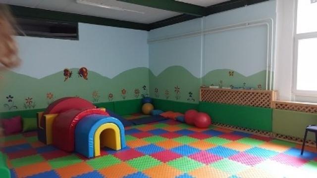 uma sala de jogos