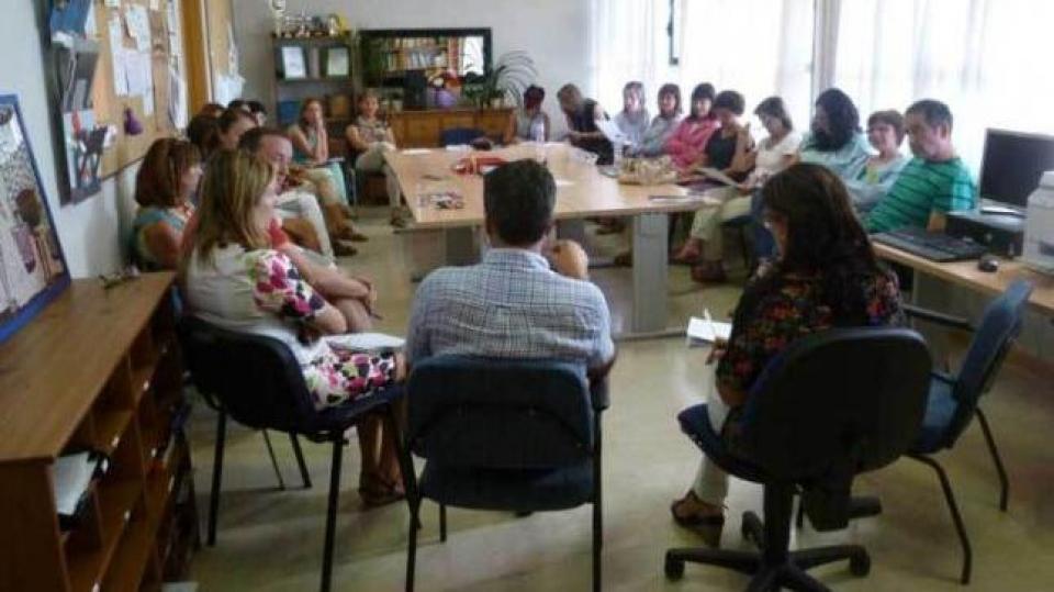 Presentación de los alumnos del aula TEA al claustro de profesores